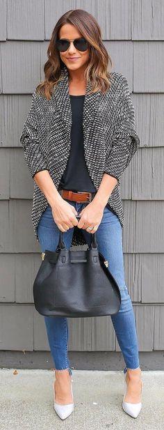 #winter #fashion / Black & White Blazer + Black Top