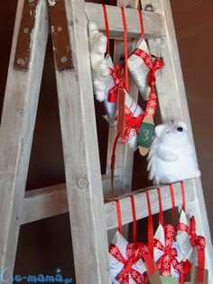 Diy advent calendar made from roll papers and an old ladder Old Ladder, Diy Advent Calendar, Rolled Paper, Diy Paper, Ladder Decor, Spirit, Christmas, Home Decor, Xmas
