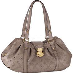 Louis Vuitton Mahina Leather Lunar Pm M93443 Bcu-$244