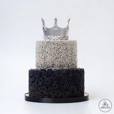 Серебряная корона торт № 1695 на заказ в Москве