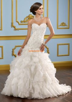 Sweetheart Appliques Empire Wedding Dresses 2013