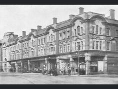 Newport, Old Photos, Louvre, Building, Travel, Old Pictures, Viajes, Vintage Photos, Buildings