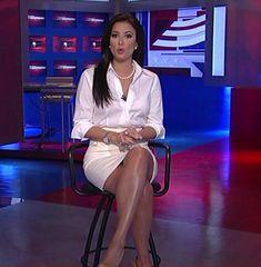 Julie Banderas sexy Beine