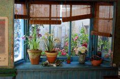 dollhouse miniature via Ninette & Co