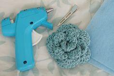Alli Crafts: Craft Tutorial: Non-slip Hair Clip  I love this blog!!!
