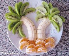 夏のホームパーティーにやってみたい! ヤシの木みたいなフルーツ盛り合わせ