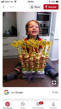 Party Food And Drinks, Snacks Für Party, Party Treats, Kreative Snacks, Birthday Treats, Best Fruits, Childrens Party, Creative Food, Food Art