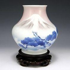 Makuzu Kozan I Pink Fuji Vase