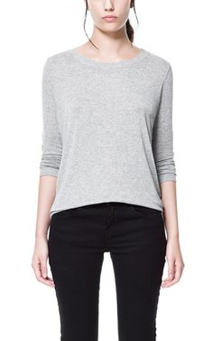 LOOSE KNIT T-SHIRT WITH ELBOW PATCHES