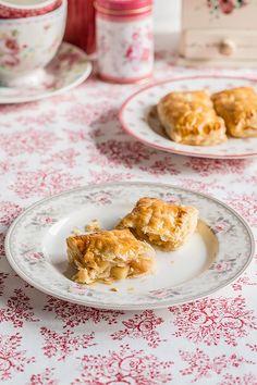empanadillas de manzana Nutella, Yum Yum, Waffles, Blog, Breakfast, Canela, Deserts, Cooking, Apples