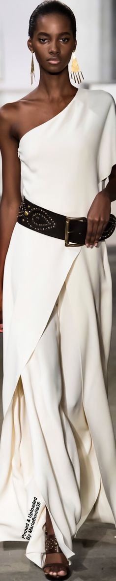 Ralph Lauren Spring 2017 sleek look with leather belt Only Fashion, White Fashion, Fashion 2017, Womens Fashion, Casual Chique, Casual Chic Style, Sport Chic, Tweed, Bcbg