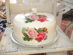 Cake plate and cover ❤️