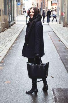 Kleidermädchen - Winter Outfit // coat - zara // jeans - urban outfitters, boots - zign // bag - zara // Sweater - asos // Scarf - topshop //