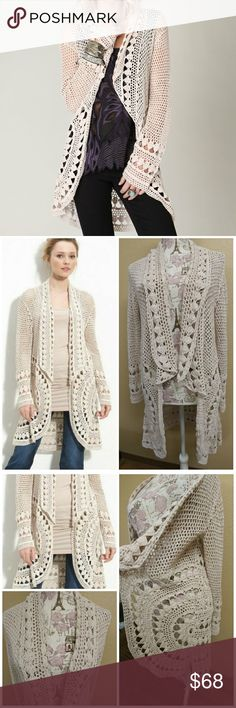 FREE PEOPLE ROUNDED UP CROCHET CARDIGAN CREAM COLOR CROCHET OPEN CARDIGAN. Tag size small fits me at medium. Free People Sweaters Cardigans