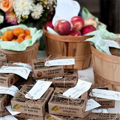 Nice Idea for Autumn Wedding Dessert Table- fresh fruits in baskets and mini pies to go!