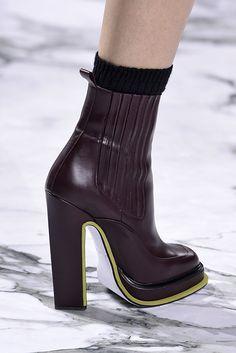 Semana de Moda de Paris: botas em destaque.