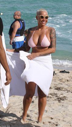 Mujeres RUSAS HERMOSAS en bikini /