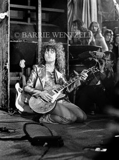 Bolan, Marc & T Rex - Barrie Wentzell PhotographyBarrie Wentzell Photography Electric Warrior, Marc Bolan, Vintage Music, The Godfather, Glam Rock, T Rex, Bowie, Photography, Poet