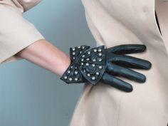 Genuine Leather Short Gloves - Black - Sheepskin - Women - Winter Fall - Handmade - Free Shipping. $19.98, via Etsy.