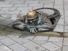 Een rioolwerker - 50plusser.nl