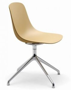 Indi Chair one -piece shell in polypropylene reinforced with fibreglass using two-shot injection technology.