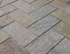 Bluestone paver patio ; Gardenista