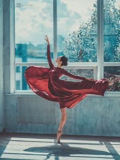 Inna by DanHecho on DeviantArt – Dance Dance Photography Poses, Dance Poses, Ballerina Photography, Modern Dance, Ballet Beautiful, Dance Pictures, Ballet Dancers, Pose Reference, Belle Photo