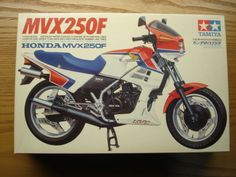 "Tamiya Vintage ""Oshika"" 1 12 Scale Honda MVX250F Model Kit New 