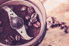 Funktion und Technik der Espressom�hle f�r Siebtr�germaschinen - Unterschiede der Kaffeem�hlen Mahlwerke Anleitung f�r das perfekte Espressopulver.
