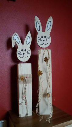 Osterhasen Craft Stick Crafts, Diy And Crafts, Crafts For Kids, Hoppy Easter, Easter Bunny, Bunny Bunny, Spring Projects, Spring Crafts, Easter Crafts