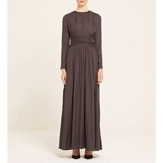 It'S not easy to find clothes that have full arm and leg coverage Fashion For Petite Women, Womens Fashion Casual Summer, Office Fashion Women, Womens Fashion For Work, Fashion Over 40, 80s Fashion, Modest Fashion, Fashion Outfits, Fashion Black