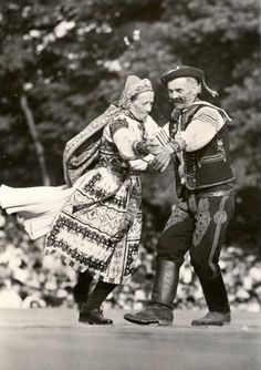 Folk Costume, Costumes, European Countries, Vintage Pictures, Czech Republic, Folklore, Cities, Around The Worlds, Culture