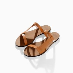 ZARA - WOMAN - FLAT SANDAL WITH ASYMMETRIC STRAPS