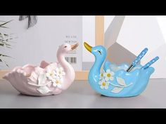 Swan shape spoon holder Showpiece making at home    Gift item showpiece making - YouTube Cement Crafts, Clay Crafts, Art Projects, Projects To Try, Bullet Jewelry, Steampunk Necklace, Cat Drawing, Home Gifts, Decoration