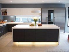up the wow factor of your #kitchen backsplash | @meccinteriors | design bites