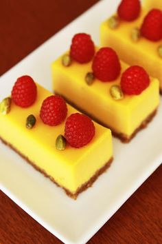 Mango Passion Fruit Cheesecake
