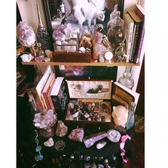 For carrow's work space, or maybe near the altar? Crystals And Gemstones, Stones And Crystals, Wicca Altar, Tarot, Crystal Altar, Witch Room, Deco Boheme, Most Beautiful Images, Modern Witch