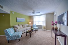 Courtney Manor Apartments in Jacksonville, FL   Love this place!  http://www.courtneymanorfl.com/photogallery.aspx