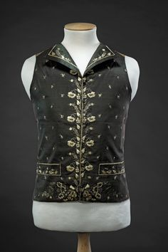 Waistcoat, Black silk taffeta, embroidered with floral motifs and flower sprays in cream silk thread, linen back. 18th Century Dress, 18th Century Costume, 18th Century Fashion, Men's Waistcoat, Vintage Outfits, Vintage Fashion, Rococo Fashion, Haute Couture Fashion, Historical Clothing