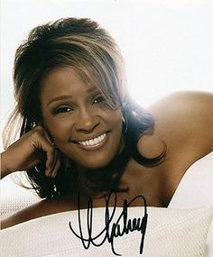 WHITNEY #HOUSTON 8x10 #Music/Musician/Band Photo Signed In-Person    #UACC Registered #Autograph Dealer #192   100% Authentic Autographs Guaranteed for Life   Certificate of Authenticity (COA) provided   We never sell 'pre-prints' or computer generated photos   In stock and ready to ship!