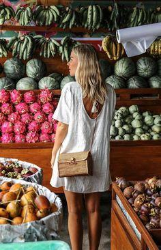 White shift dress & basket bag