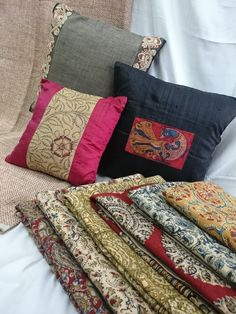 Kalamkari Lifestyle products. Shop Kalamkari Gifts only on www.kalamkaridesigns.in For more details please call 022 22694291 OR Whatsapp on 09769182896