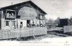 Ancien studio de cinéma au Petit-Lancy, devenu Menuiserie Milano et Mestral. Cabin, Studio, House Styles, Home Decor, Carpentry, Decoration Home, Room Decor, Cottage, Study