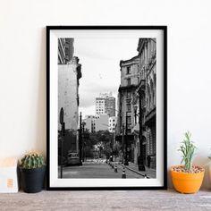 Posters A3 emoldurados com fotos autorais em preto e branco! Vem escolher o seu! #miupi #adoromiupi #poster #posters #novidade #pb #black #white #photo #decor #paracasa #home #house #homesweethome #paravoce #amo #loveit #quero #gift #frame #arquitetura #architecture #arquiteturaeurbanismo #archdaily #design #designer #fotografiadearquitetura #sp #brazil #brasil #poster #a3