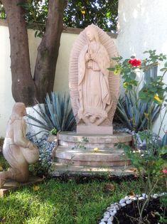 """Mientras pedaleábamos nuestras bicis el domingo 1 de Dic, a pesar del caos de las marchas, platicábamos que se acercaba la fecha en la que muchos mexicanos celebramos a nuestra Madre la """"Santísima ..."""