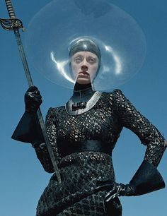 """Dame of Thrones"", W Magazine September Photographer : Tim Walker, Fashion Editor : Jacob K, Models : Kristen McMenamy K Fashion, Autumn Fashion, High Fashion, Fashion Shoot, Fashion History, Fashion Ideas, Fashion Beauty, Fashion Design, W Magazine"