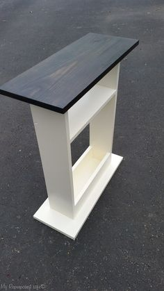 small sofa side table stained top white base - Home & DIY Diy Wood Projects, Furniture Projects, Furniture Plans, Home Projects, Diy Furniture, Furniture Design, Modern Furniture, Distressed Furniture, Furniture Stores
