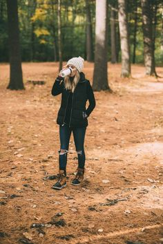 Morning Hikes & Best Outdoor Clothing // Mom Style More Outfits 2019 Outfits casual Outfits for moms Outfits for school Outfits for teen girls Outfits for work Outfits with hats Outfits women Mode Plein Air, Fall Winter Outfits, Autumn Winter Fashion, Winter Wear, 2016 Winter, Fall Fashion, Mens Winter, Winter Dresses, 2018 Winter Fashion Trends