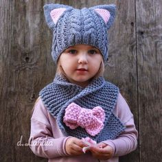 How to Crochet A Beautiful Shawl ? Baby Booties Knitting Pattern, Crochet Socks Pattern, Fingerless Gloves Crochet Pattern, Baby Knitting Patterns, Crochet Patterns, Crochet Shell Stitch, Crochet Motif, Crochet Bear, Crochet Hats