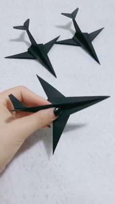 Everybody knows about origami, the Japanese art of paper folding. But what is it that can make origami so magical, … Cool Paper Crafts, Paper Crafts Origami, Diy Paper, Fun Crafts, Paper Art, Wood Crafts, Diy Crafts Hacks, Diy Projects, Plane Crafts
